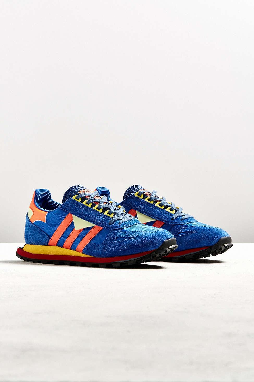 adidas-prototype-racing-1-sneaker-1